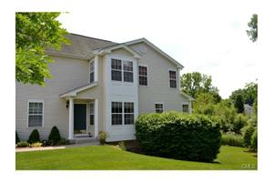 3106 Eaton Ct, Danbury, CT 06811