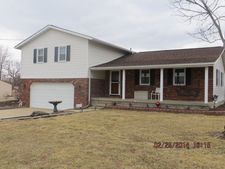 302 W Boundary Rd, Creal Springs, IL 62922