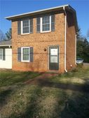 312 W 5th Ave Apt B, Lexington, NC 27292