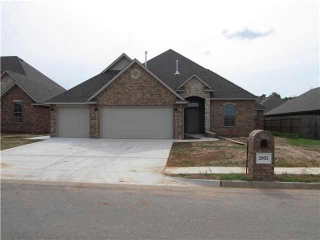 MLS 556838 in Yukon, OK 73099  Home for Sale and Real Estate Listing  realtor.com®