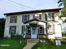 612 S Jackson St, Mount Carroll, IL 61053