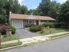709 Hillview Dr, Neptune Township, NJ 07753