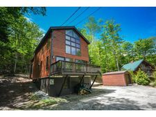10 Ives Rd, Wilmington, VT 05363