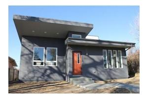 3393 S Logan St, Englewood, CO 80113