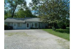 415 Romaine Creek Rd, Fenton, MO 63026