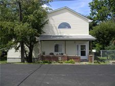 2051 Main St, Penn Twp - Wml, PA 15623