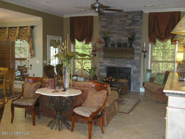 6489 Dufour Dr Meridian Ms 39301, Woodland Furniture Meridian Ms
