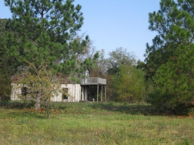 180 County Road 1975, Yantis, TX 75497