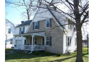 219 Exchange St, Marshall, MI 49068