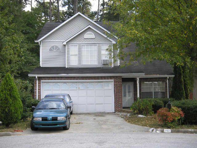 545 Haymarket Ct, Riverdale, GA