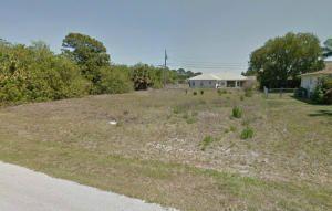 556 Sw Undallo Rd, Port St Lucie, FL 34953