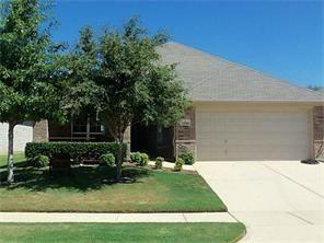1240 Cottonwood Dr, Crowley, TX 76036