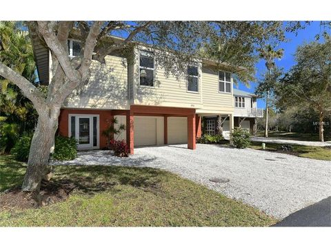 392 Firehouse Ln, Longboat Key, FL 34228