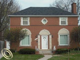 12621 E Outer Dr, Detroit, MI