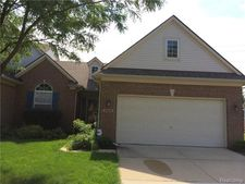 22812 Coachlight Cir, Taylor, MI 48180