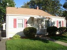 32 Vine Hill Rd, West Hartford, CT 06110