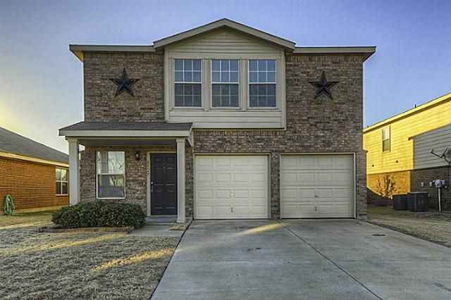 8529 Hawkview Dr Fort Worth, TX 76179