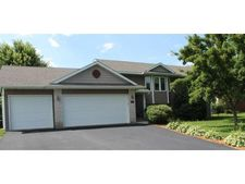 880 S Park Dr, Hastings, MN 55033