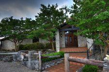 377 Shin Oak Way, Kerrville, TX 78028
