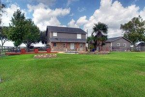 7015 Fairchild Rd, Needville, TX 77469