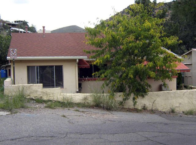 104 taylor ave bisbee az 85603 home for sale and real estate listing