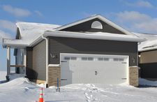 4101 Mourning Dove Dr, Waterloo, IA 50702