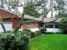 12026 Clover Creek Dr Sw, Tacoma, WA 98499
