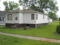 505 1st Ave W, Gackle, ND 58442