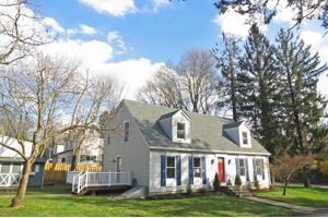 37 Kingwood Ave, Frenchtown Boro, NJ 08825