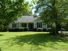172 Rock Creek Dr, New Bern, NC 28562