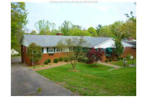 1513 Bedford Rd, Charleston, WV 25314