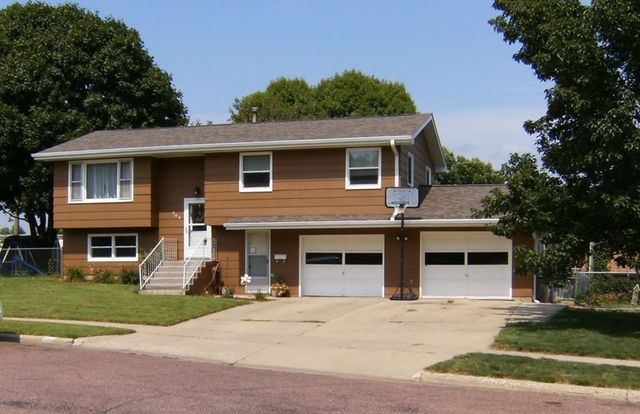 202 northern ave yankton sd 57078 home for sale and