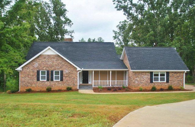 8469 Fairthorn Way, Douglasville, GA