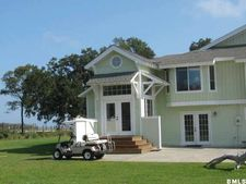 89 Harbor Breeze Dr, Saint Helena Island, SC 29920