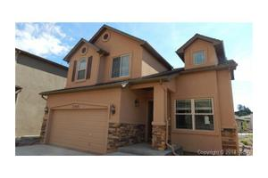 2569 Hot Springs Ct, Colorado Springs, CO 80919