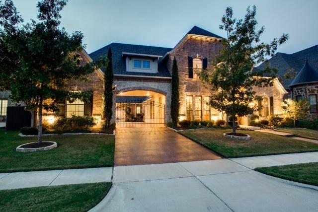 8109 Long Trail Dr, North Richland Hills, TX 76182
