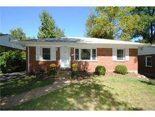 8539 White Ave, St Louis, MO 63144