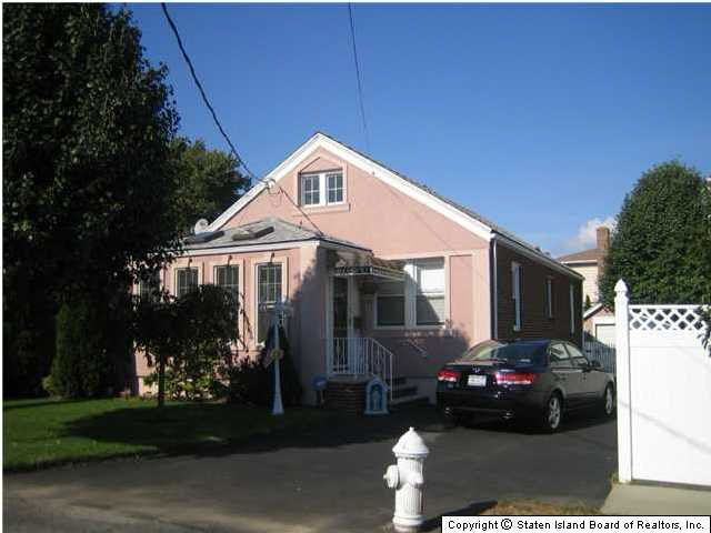 Detached Homes For Sale In Staten Island