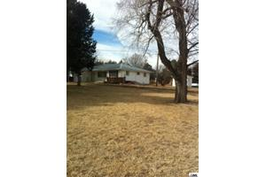 10613 Wakarusa Rd, Harveyville, KS 66431