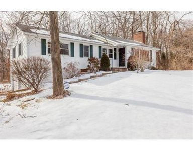 163 Queen Ave, West Springfield, MA