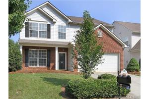 132 Autry Ave, Mooresville, NC 28117