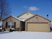 1416 White Birch Ln, Greenfield, IN 46140