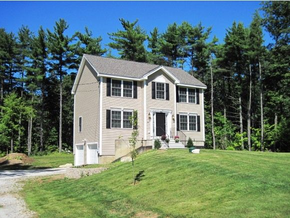 20 Lawrence Rd, Derry, NH 03038