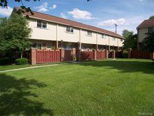 327 W Lincoln Ave, Royal Oak, MI 48067