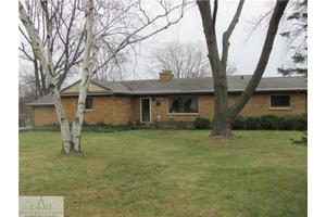 3423 Waverly Hills Rd, Lansing, MI 48917