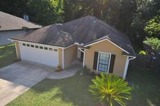 1172 Windy Willows Dr, Jacksonville, FL 32225