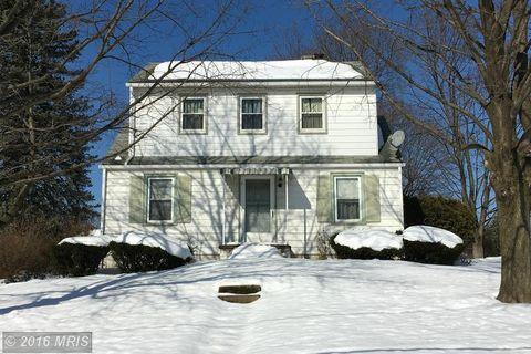4560 Clarendon St, Harrisburg, PA 17109