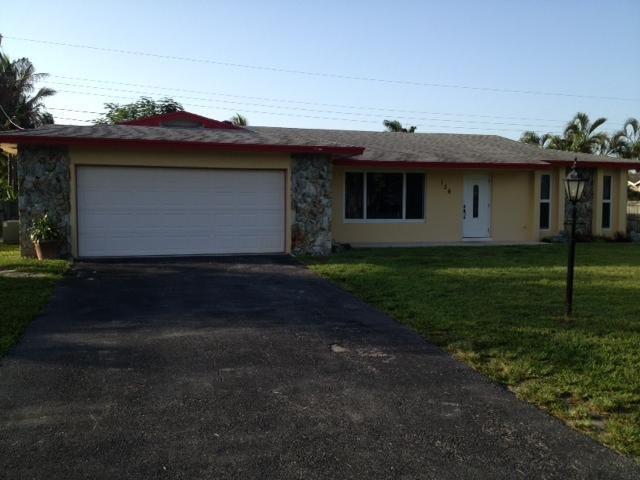 136 W Arch Dr, Lake Worth, FL