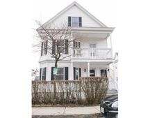 20-22 Forest St, Lowell, MA 01851