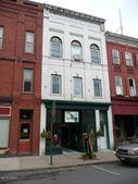 9-1/2 Broadway, Milton, PA 17847